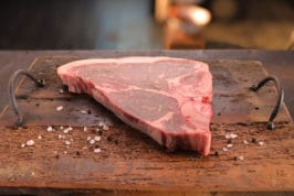 T-bone USA Black Angus Family's Beef